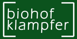 Wein und Traubenmost / www.biohof-klampfer.at